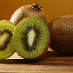 10 Paleo Superfoods You must have kiwi fruit
